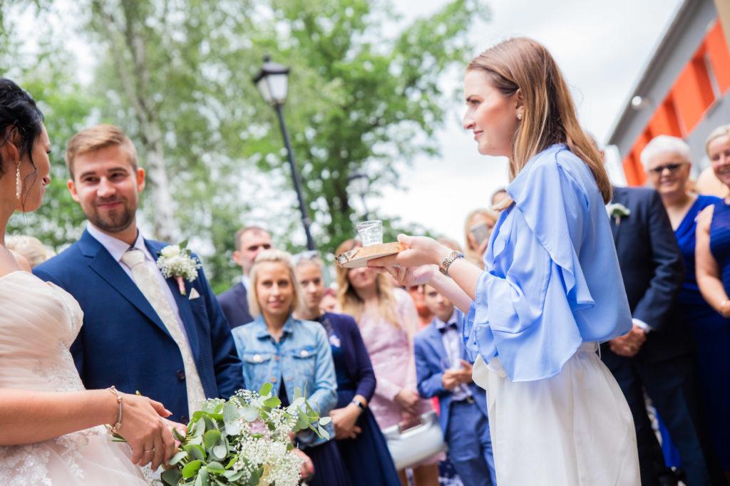 Vítejte na blogu svatební agentury Simply Yes. Věřím, že každá z nás má svou vysněnou svatbu. O nás... Mým cílem je přeměnit Vaše svatební přání v realitu